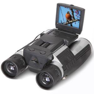 FHD Digitalkamera Fernglas auf weissem Hintergrund